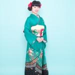 緑絞り刺繍振袖