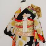 黒地大鶴刺繍梅引振袖 婚礼