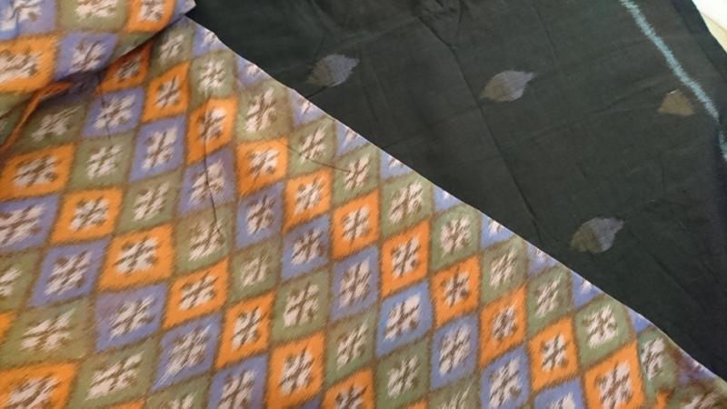 インドネシア手織りイカットが届きました
