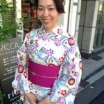 白地紅型調浴衣 祇園祭