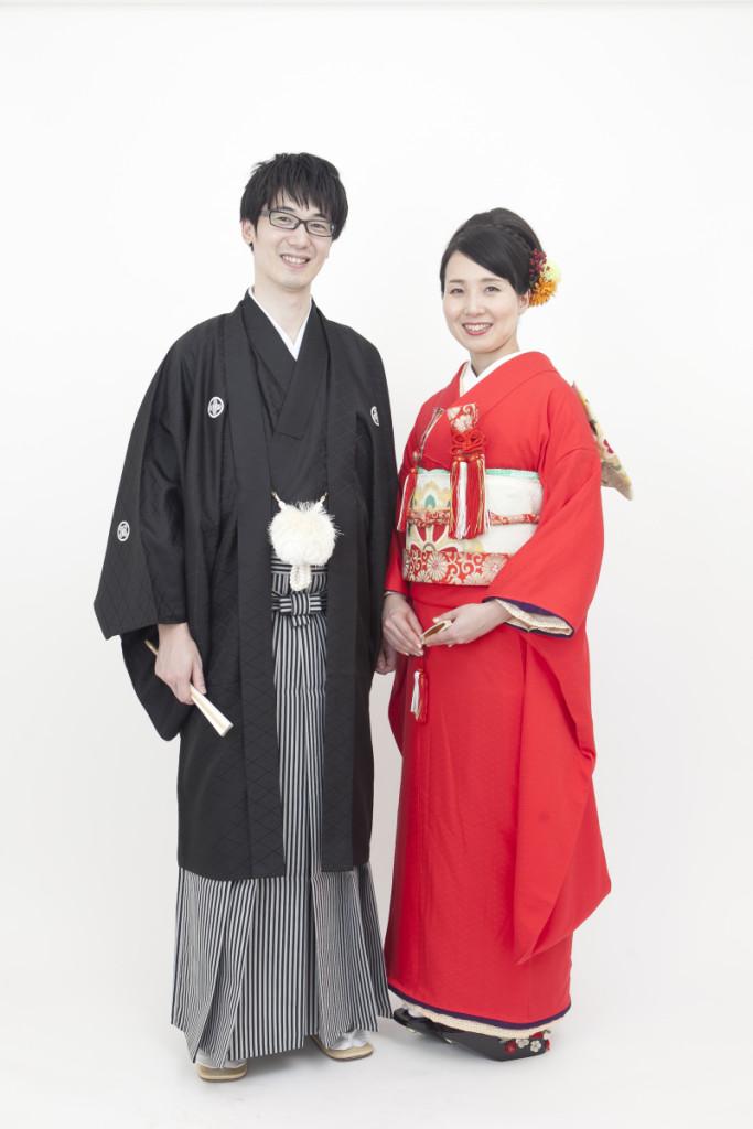 赤無地引振袖  紋付袴 婚礼