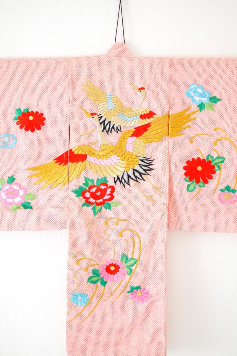 ピンク地疋田に鶴刺繍 お宮参り産着初着 小物セット付き