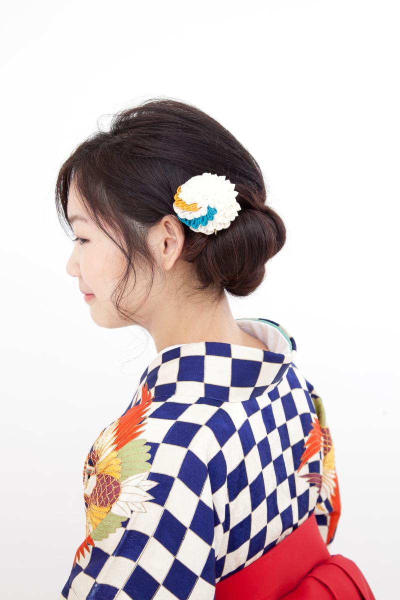 """251""""紺白市松鶴菱振袖に袴"""