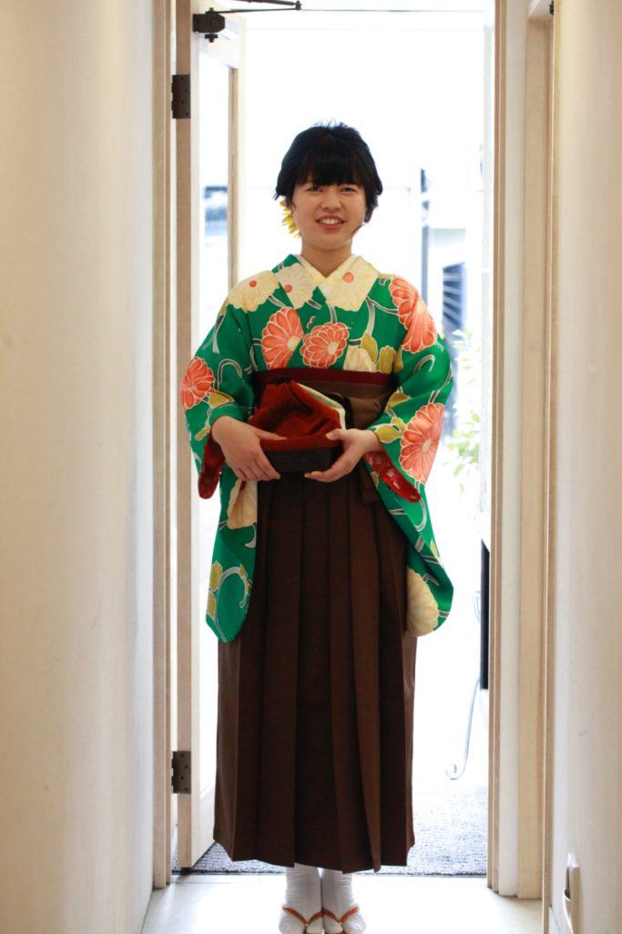 緑大菊紋小紋に袴 卒業式