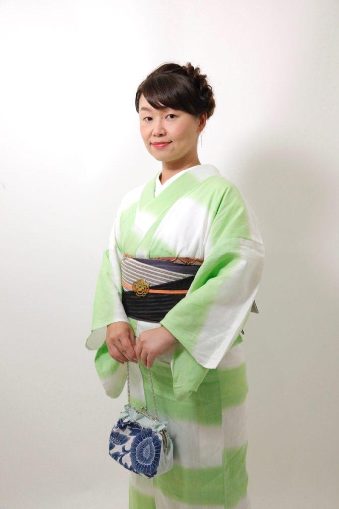 黄緑白地ボーダー浴衣