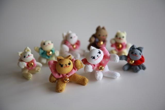 <お細工物教室>9月の課題「小さな猫たち」