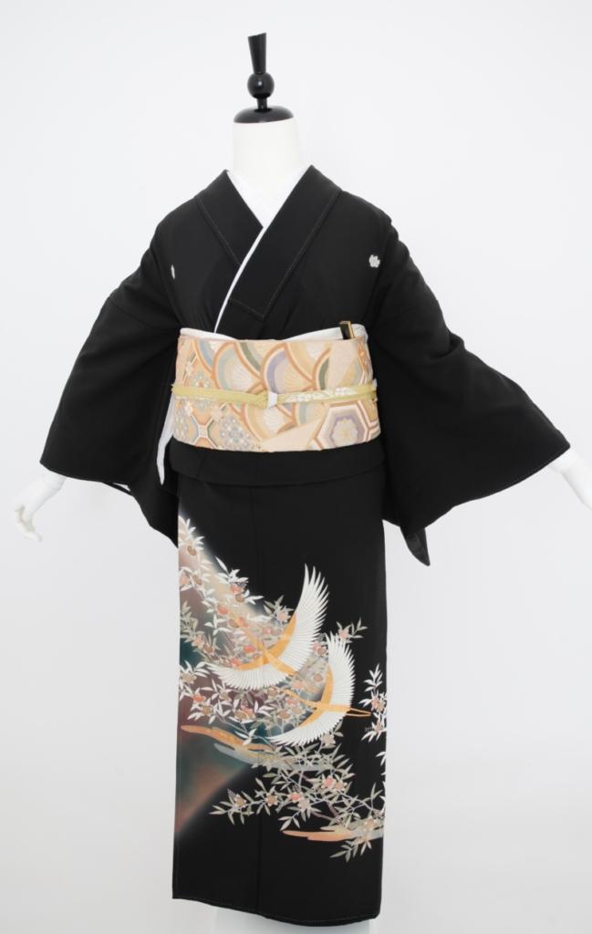 白鶴刺繍黒留袖