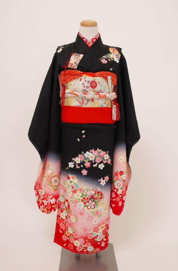 レンタル着物 女の子 黒地裾ピンク桜模様