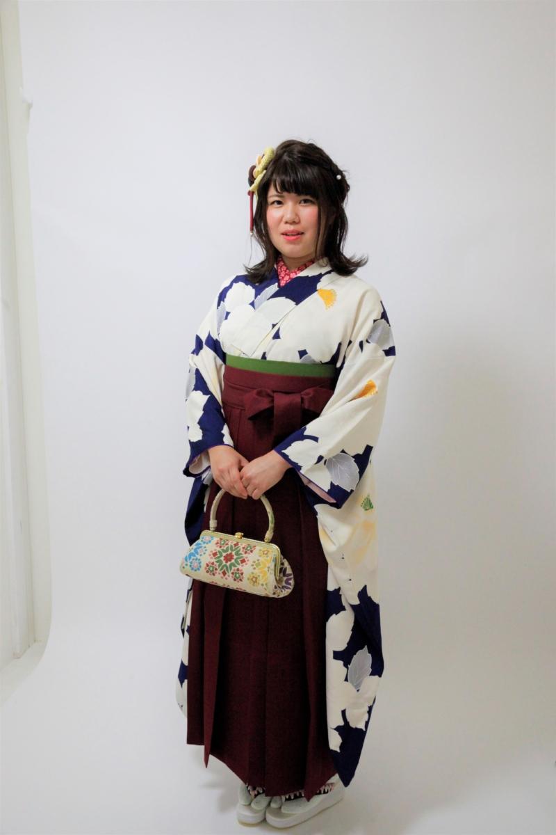 《前撮り》卒業記念の写真を袴で!