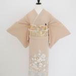 ベージュ花柄(一つ紋)色留袖