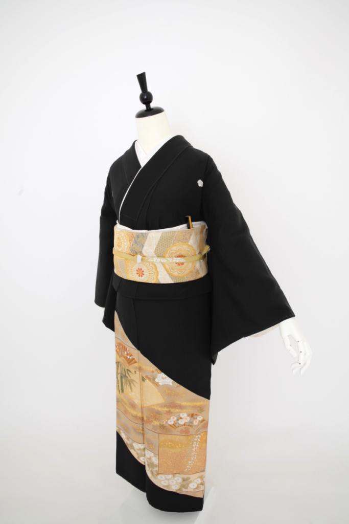 白金菊  黒留袖