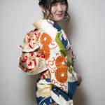 紺地オレンジ桐と菊振袖