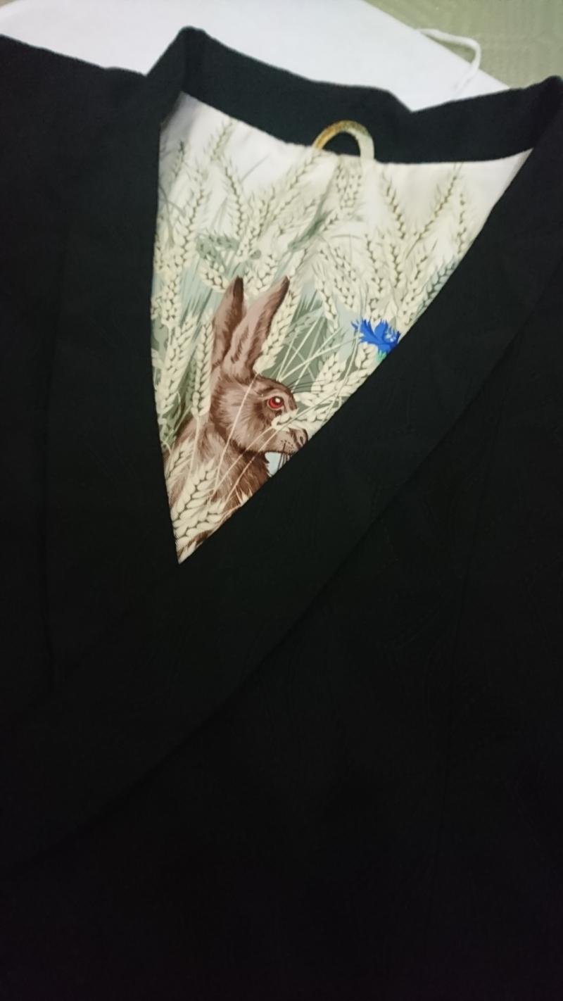 <お誂え>エルメスのスカーフを肩裏にしたコート