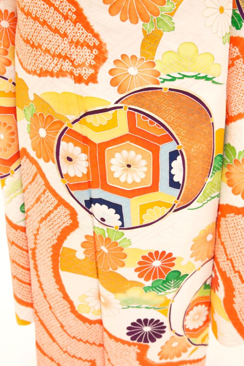 オレンジ地絞と刺繍に鼓