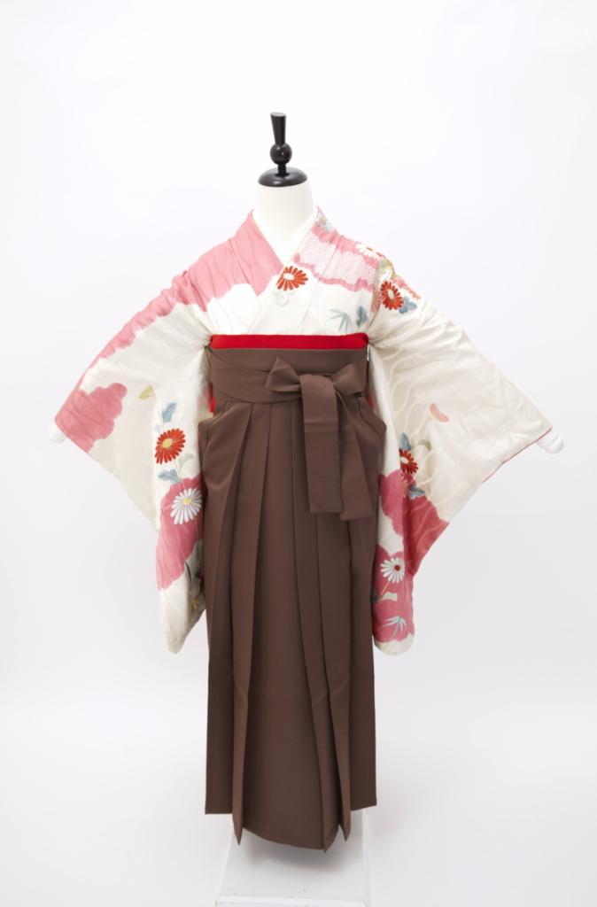 白地ピンク絞り刺繍中振袖に袴  卒業式