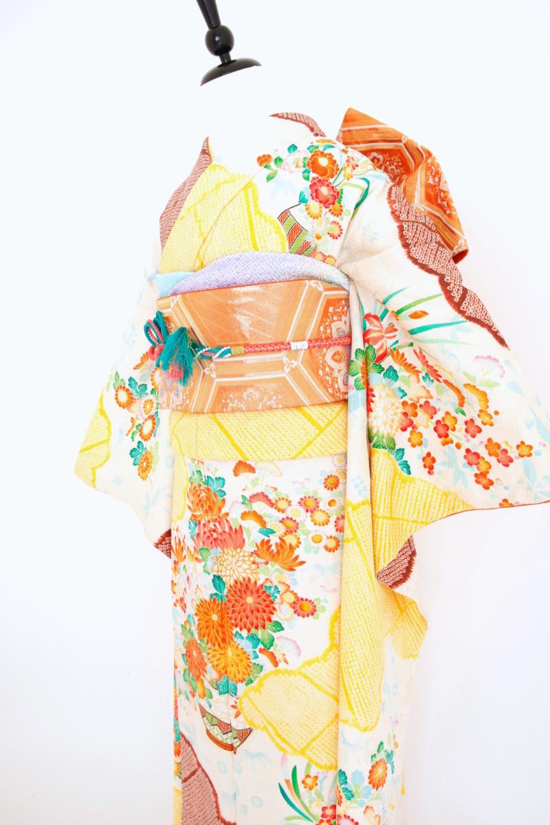 """251""""茶・黄色絞り花振袖"""""""