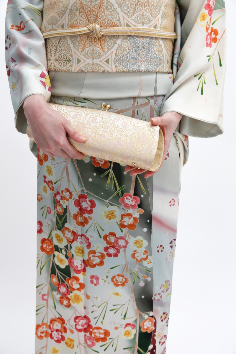 洋花シオノデザイン訪問着