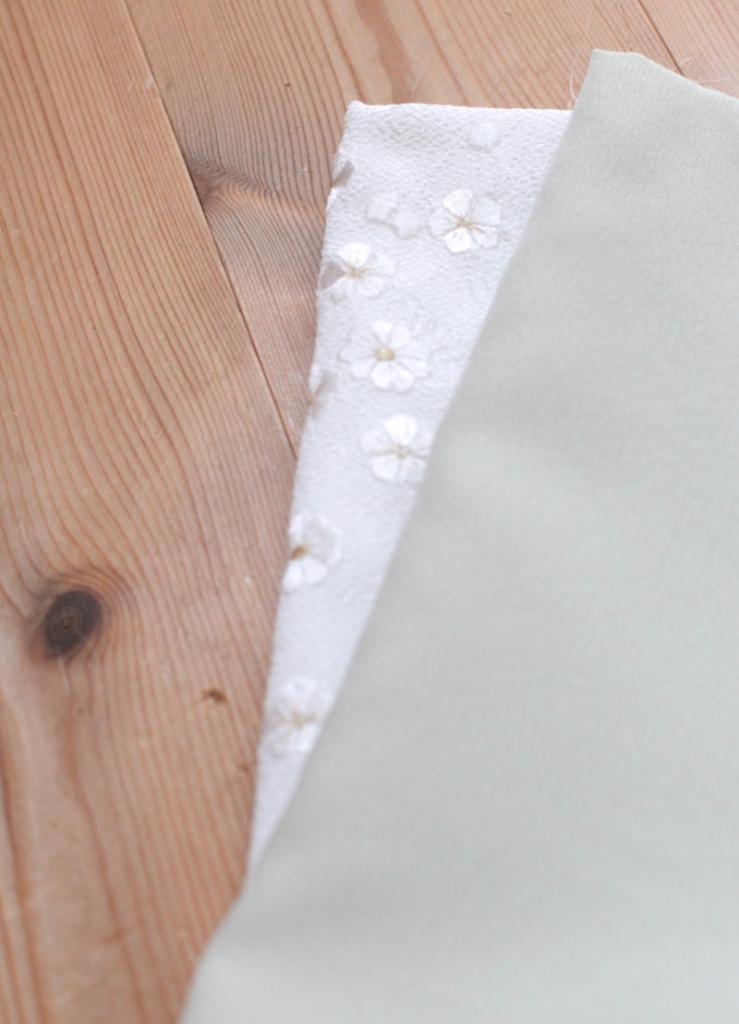 白に金刺繍半襟 オプション小物