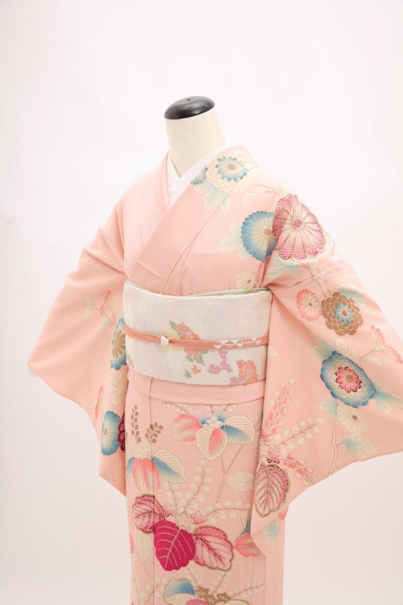 ピンク地桐刺繍単衣訪問着