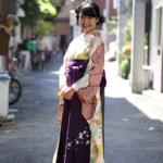 <レンタルきもの>卒業式袴で写真撮影