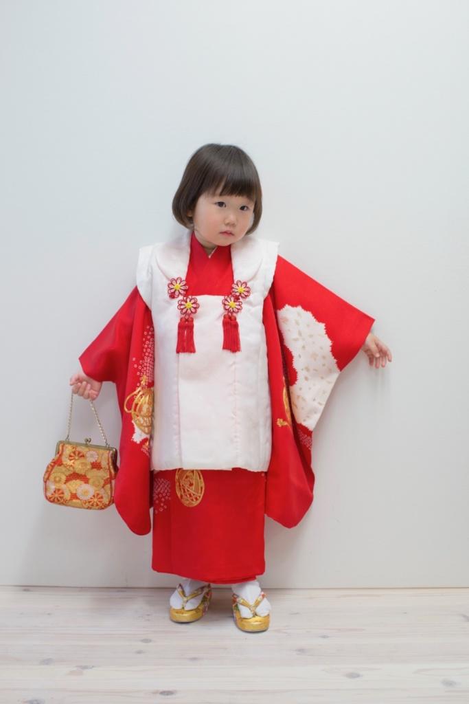 赤地金コマ刺繍 三歳女の子きもの
