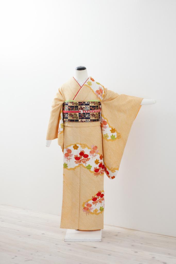 オレンジ絞り花刺繍柄中振袖(A)