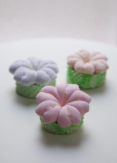 <お細工物教室>3月は「桜のポチ針刺し」