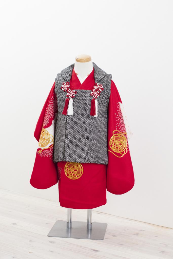 赤地金コマ刺繍