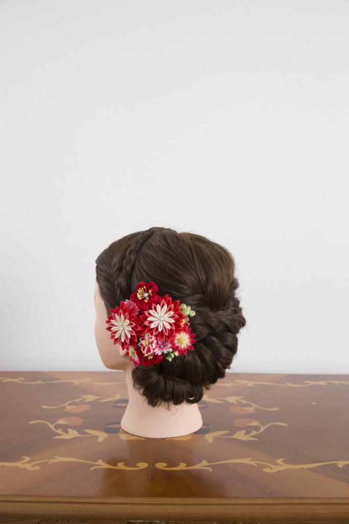つまみ細工髪飾り・赤