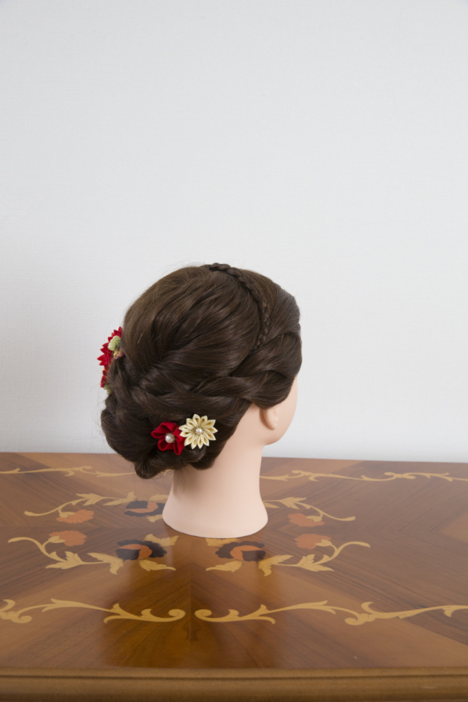 つまみ細工髪飾り・花ピン