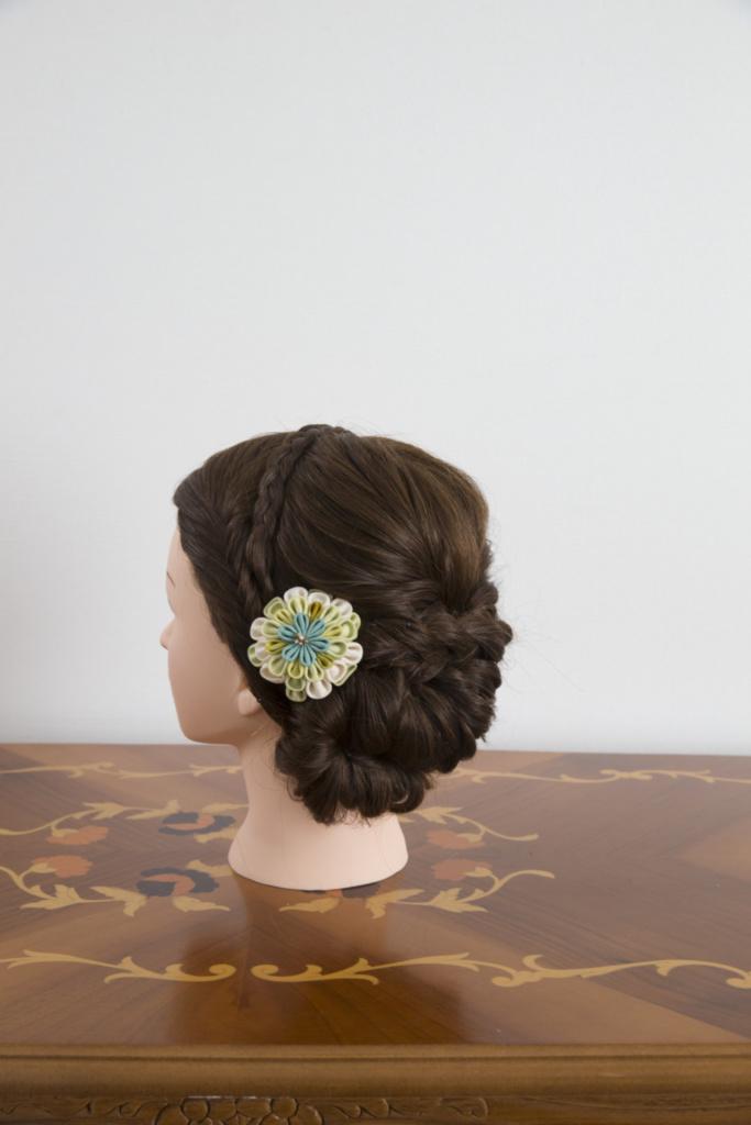つまみ細工髪飾り・緑花