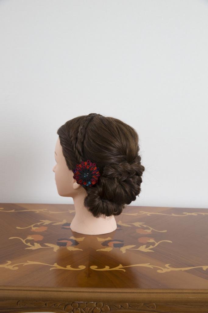 つまみ細工髪飾り・赤黒