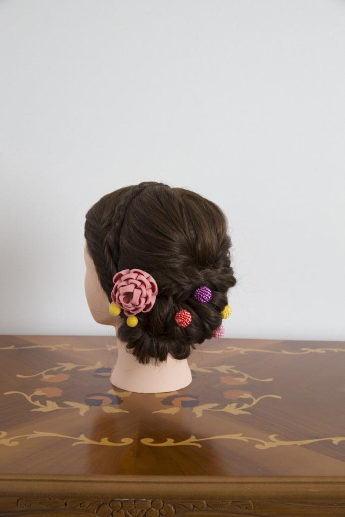 つまみ細工髪飾り・絞り玉ピン