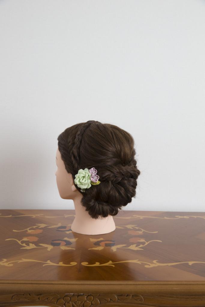 つまみ細工髪飾り・薄緑