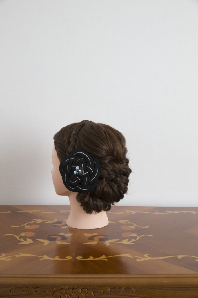 髪飾り・組紐バレッタ黒