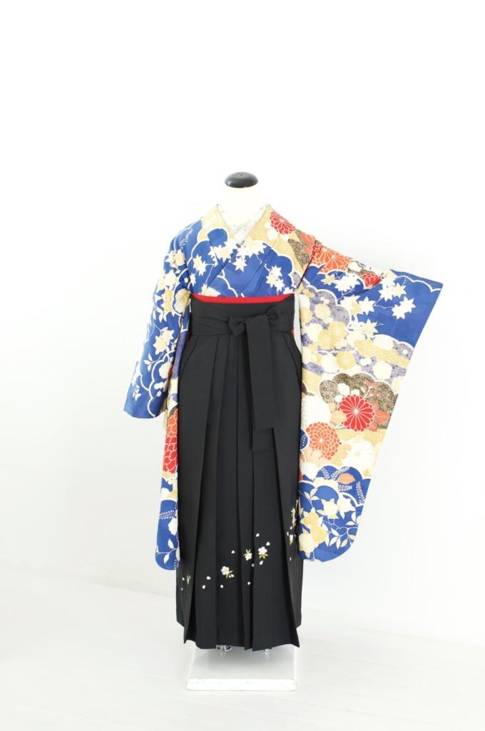青地四季草花中振袖